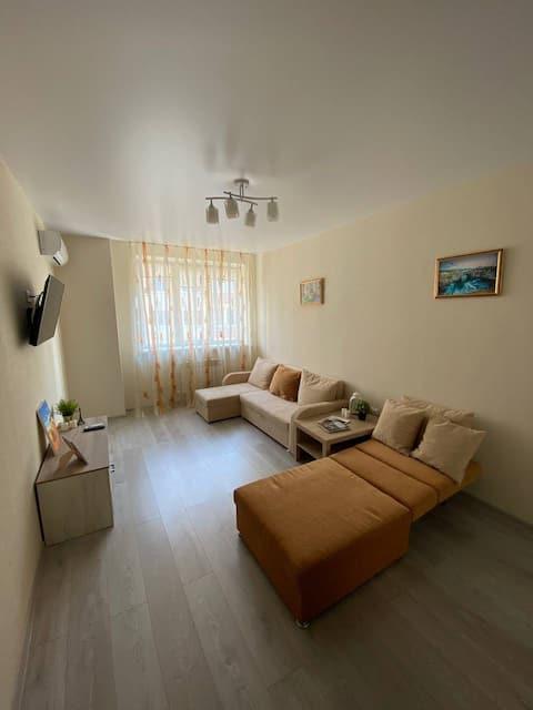 Уютная квартира в центре Аксая