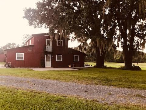 Twin Oaks Barn