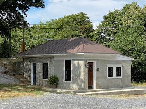 Bridge House Inn, Elkton, VA