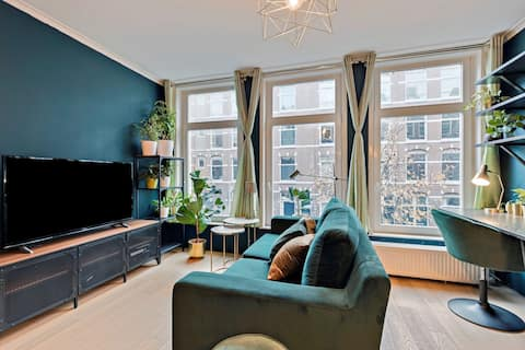 Cozy 1-Bedroom home for long stays by Westerpark