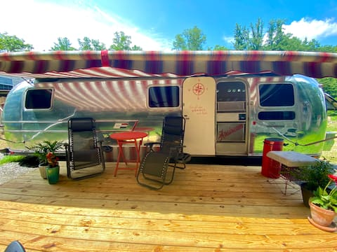 ARCHIE the AIRSTREAM 1mi from dwntwn Fayetteville!