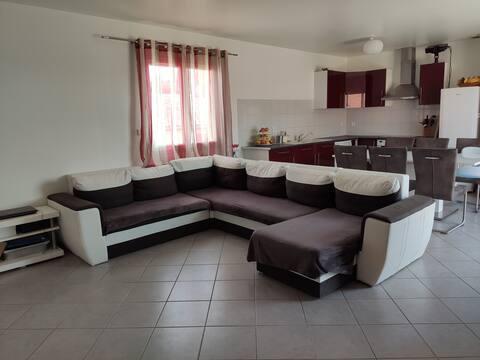 Appartement avec terrasse et cour privée
