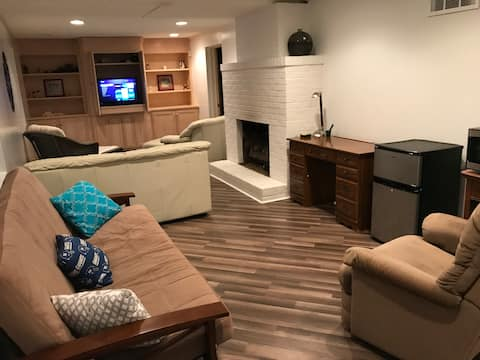 Great location X3 Private 1 BR full bath large den