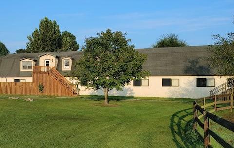 Horse Farm Apartment - 2 bedrooms