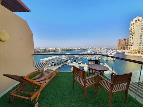 Serene Studio-Sea View with Large Balcony