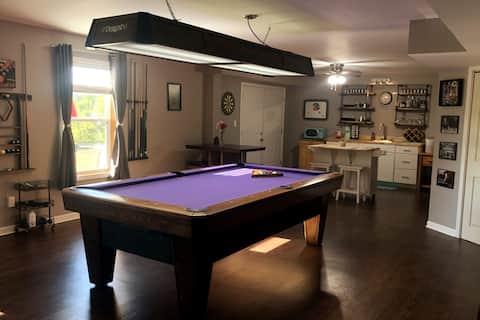 Full Basement 1 BR, 1 BA, kitchenette, game room