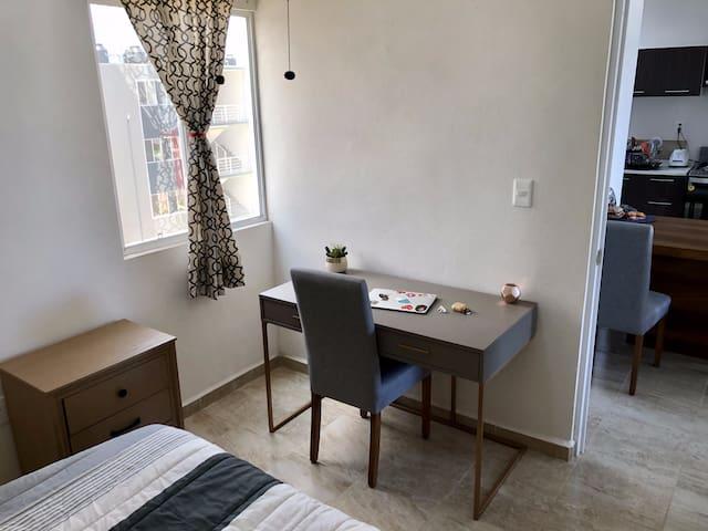 Habitación 1 / Bedroom 1
