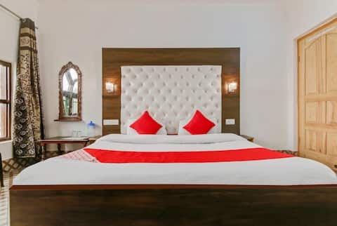 A Beautiful  comfortable homely stay Hotel hameed