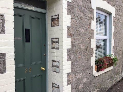 2 bed character cottage at the heart of Babbacombe