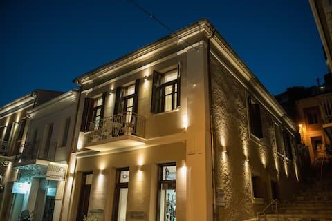 1571_SUITESA1 Apartment at the center of Nafpaktos