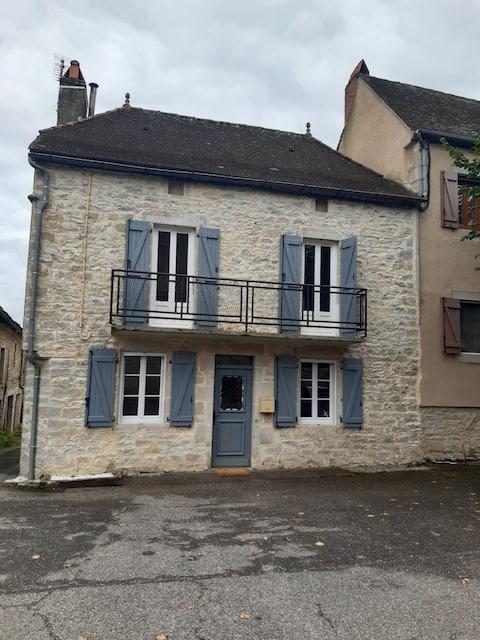 Angenehmes Dorfhaus, Dorf Padirac.