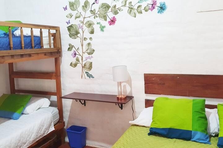 Dormitorio I, ubicado en el area de descanso con hamacas