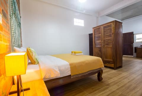 A. 1 BR RENTAL UNIT + BIG DISCOUNT FOR LONGER STAY