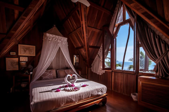 Master Suite has view of the Gulf of Thailand with a wonderful sea breeze
