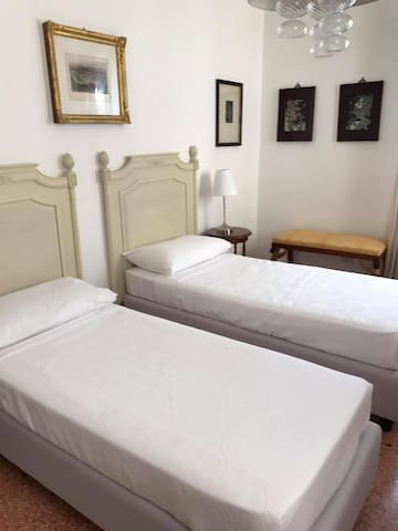 Room N2 2 double bed Air conditioned