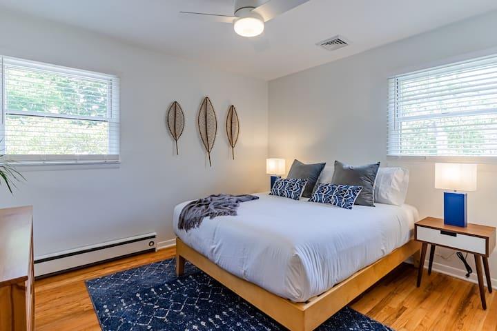 Bedroom #2: Queen Bed, Dresser, 32-inch Roku Smart TV