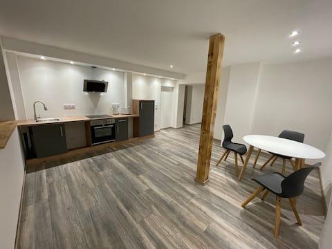 Schöne 48m2 Wohnung für 2 Personen mit Parkplatz