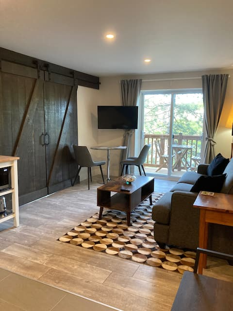 Heron's Nest on the Mississippi -Couple's Getaway