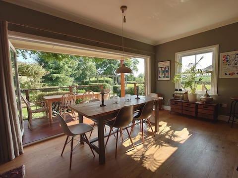Great Knell Cabin | Luxury Garden Retreat