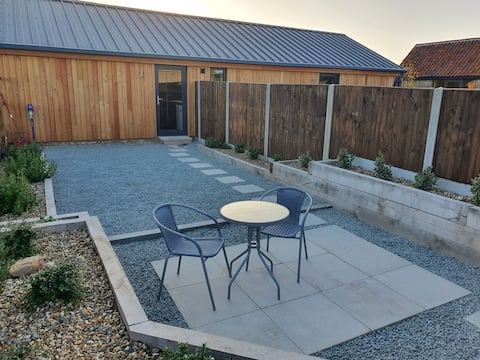Pet friendly newly converted studio barn space