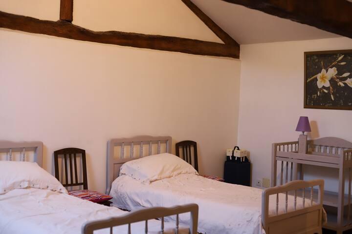 La Grange - Triple Bedroom