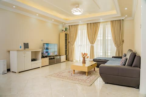 Luksusowy apartament z 4 sypialniami.