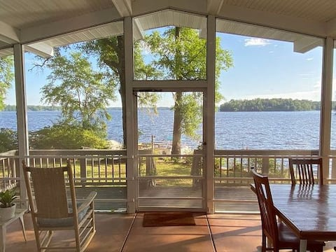 Lake House Tranquility sleeps 4+ in Tallahassee