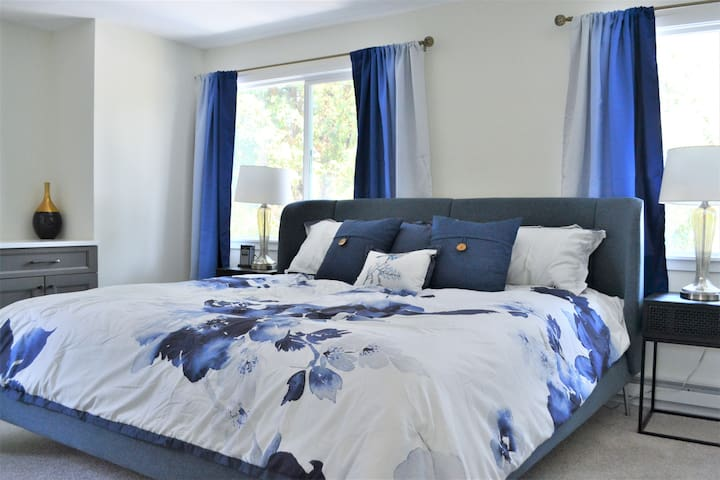 Upstairs primary bedroom with ensuite bathroom and King bed. (Nectar mattress)
