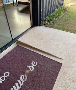 Rampa de entrada na casa