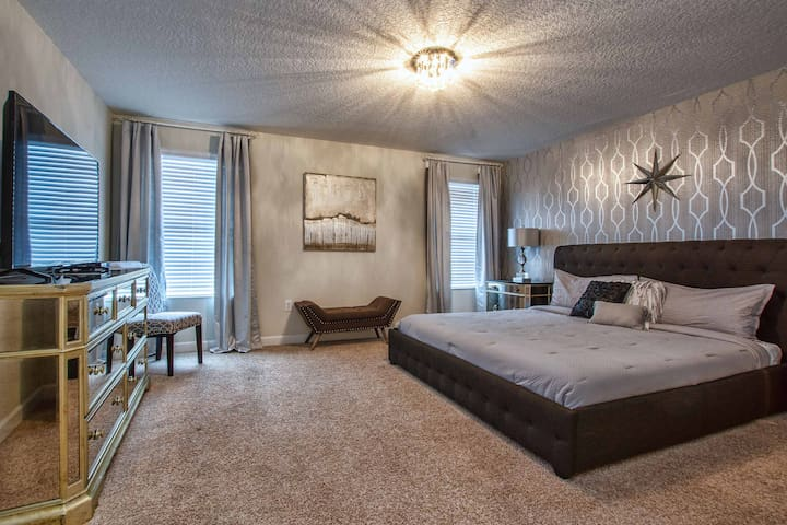 Master suite with cable TV