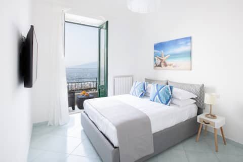 Seaview Home on the beach & amazing views terrace