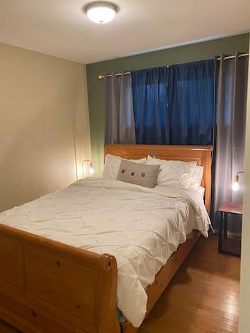 Bedroom 2 Queen Size Bed
