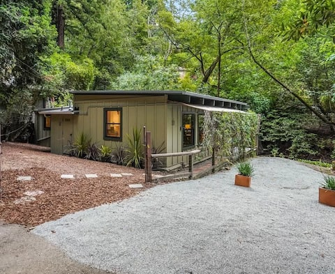 Redwood Brook House - 2br/1b w/ private entrance