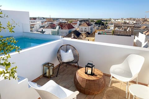 NEW! Rooftop w/ private pool in Tavira's ♡. 6 ppl