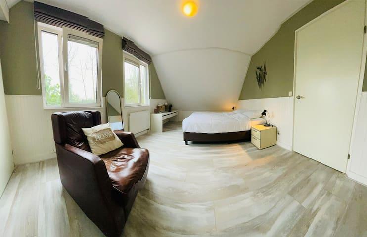 Slaapkamer 1, 2 bedden