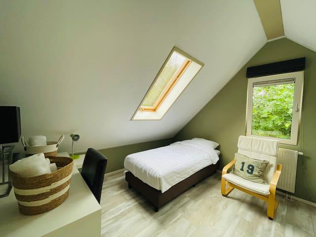 Slaapkamer 5, 2 bedden