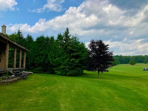 2BR 1.5BA Log Home on Garden Golf Course 7th Green