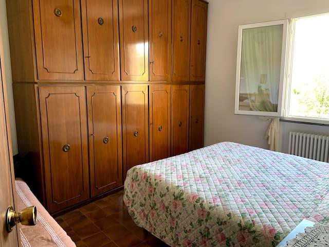 Camera matrimoniale con anche lettino singolo