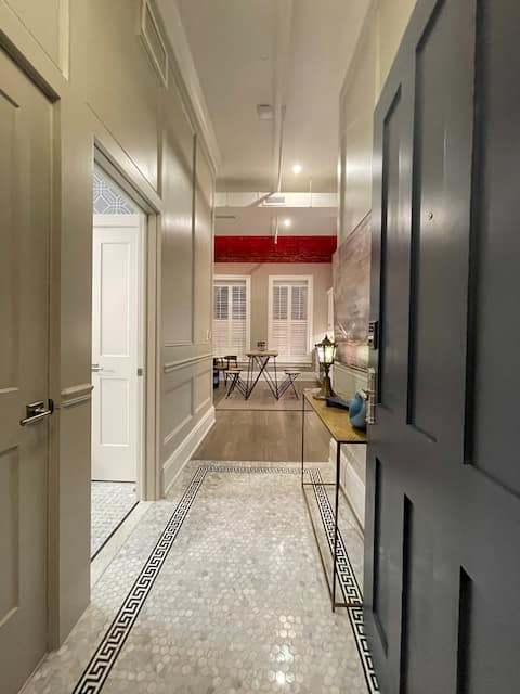 Gorgeous Penthouse Loft in the heart of Armory Sq