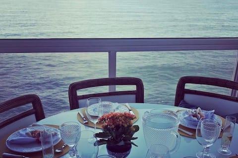 Apartamento com vista espetacular para o mar!