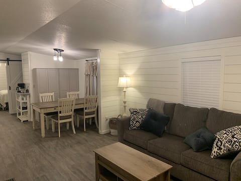 Renovated & private 3 BR/2B MH near Fort Polk