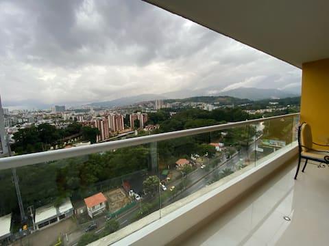 Hermoso Apartamento cerca a Clínica El Pinar