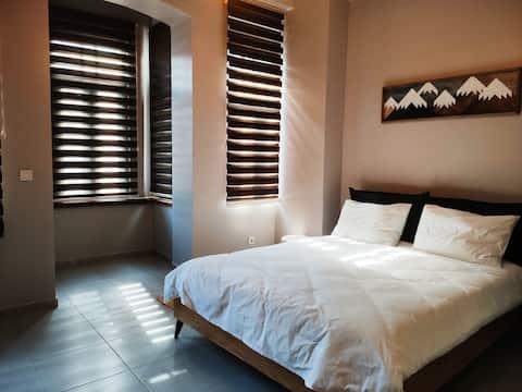(New) Cozy big room near Taksim R5-Home design