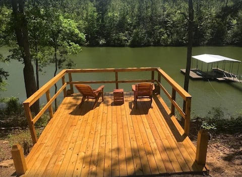 Newly Listed - Smith Lake Getaway - 3 Bedrooms