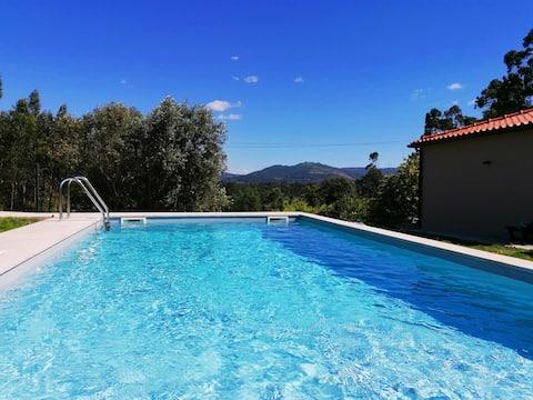 Casa tranquila com piscina