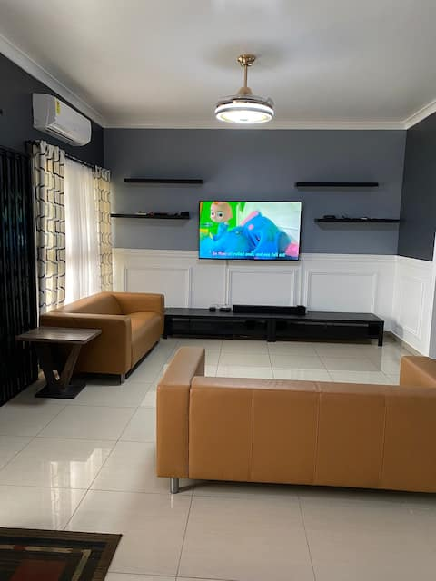Comfortable 3 bedroom with a CAR in a Gated estate