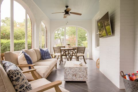 Charming 4 bedroom home with screened in porch