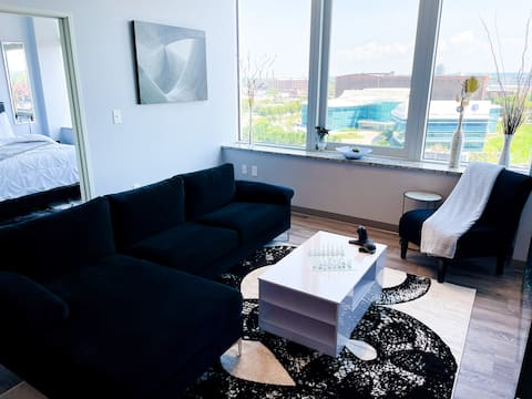 Beautiful SkylineApartment Near Downtown Cleveland