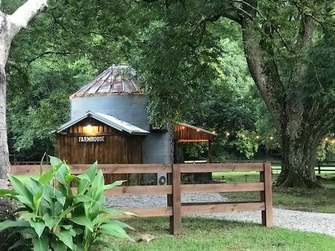 The Farmhouse Grain Bin at Goose Creek Farm