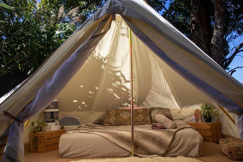 Treetop Glamping with outdoor bath